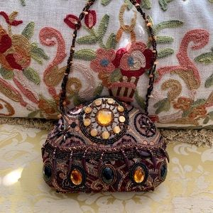 Handbags - 🍁BEADED AND JEWELED TAPESTRY EVENING BAG 🍁